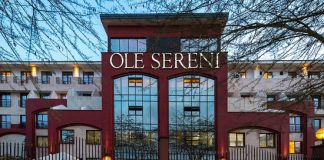 Where is Ole-Sereni Hotel